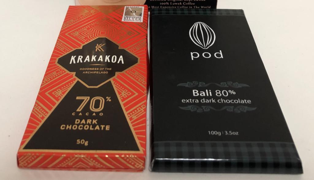 バリ島のチョコレートpodとKrakakoa
