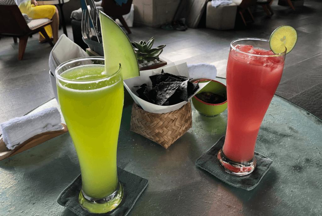 バリ島のメロンジュースとグァバジュース